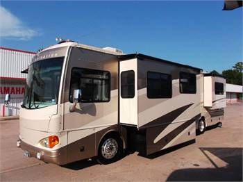 Motorhome with room for all the grandkids!