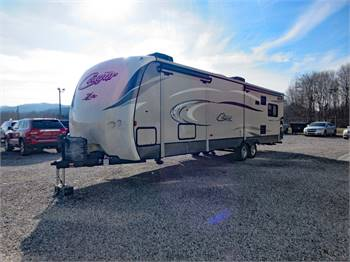 2016 KEYSTONE COUGAR RES330, 3 Slide Outs, Fireplace, Amazing Camper