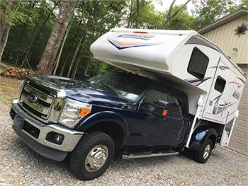 2013 Ford F350 XLT Super-Duty 4x4 and 2014 Lance Truck Camper 992